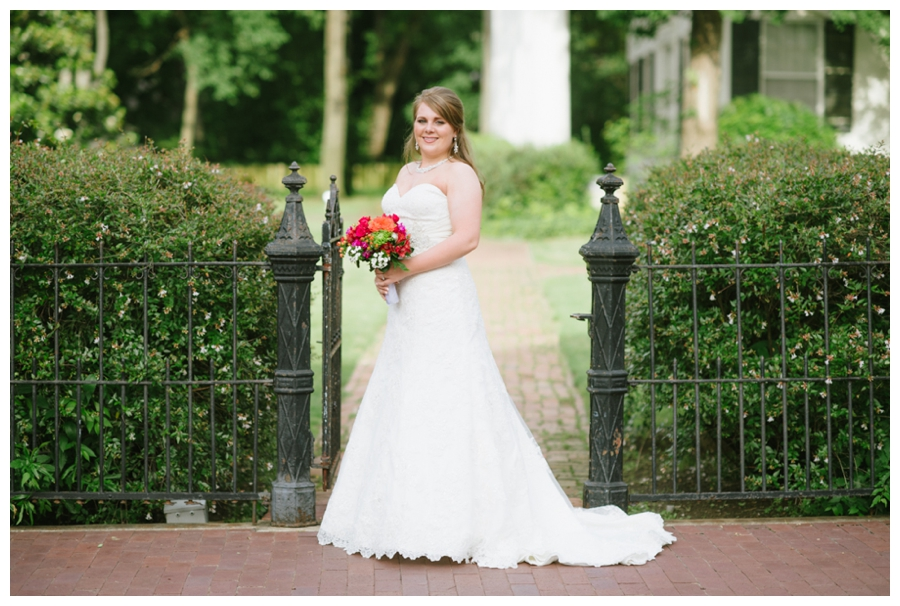 Classic Downtown Bridals_0002
