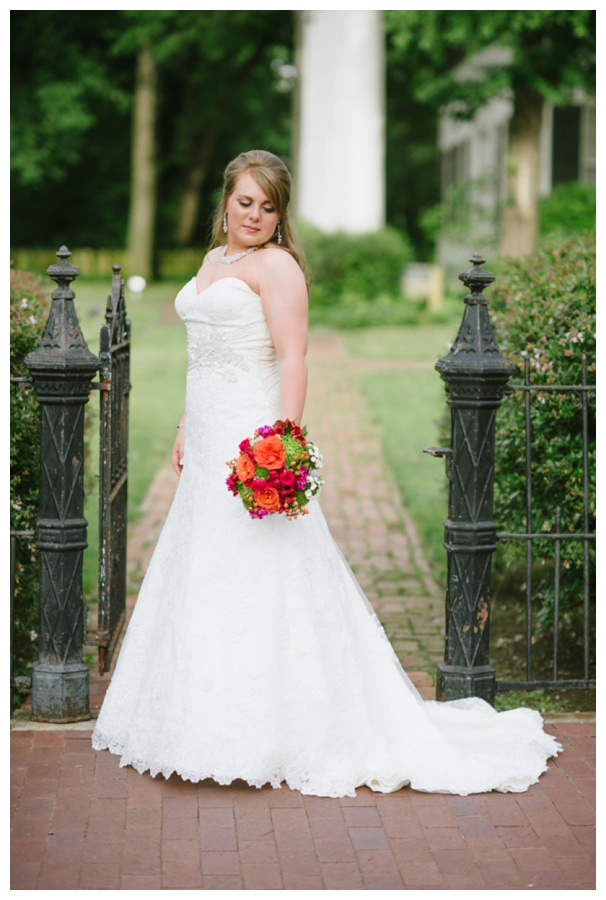 Classic Downtown Bridals_0003